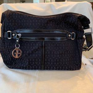 EUC  Gianni Bernini Black block signature purse